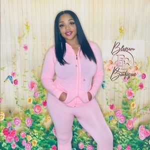 Tracksuit two piece zip up set $30 S-M